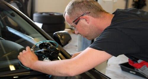 Honda ruit- en schadeherstel reparatie