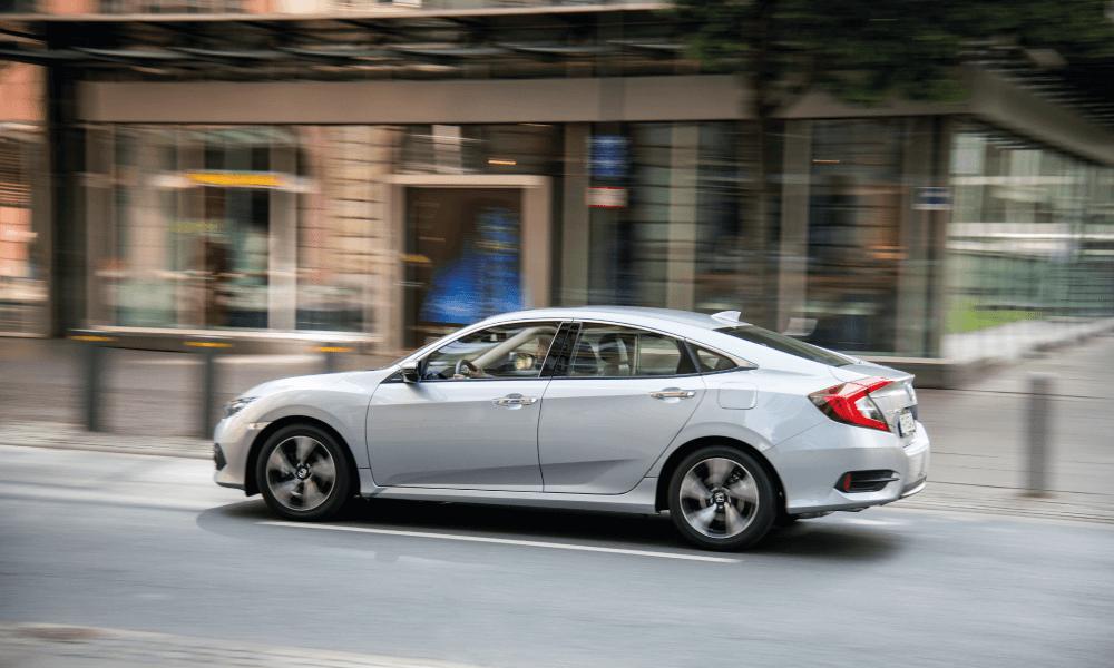 civic-sedan-multimedia-2