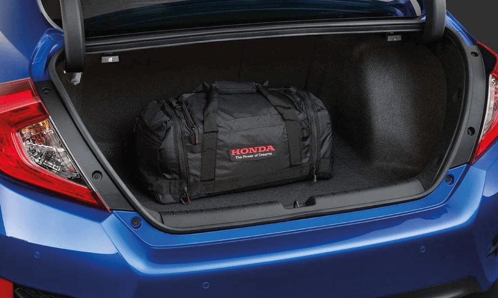 honda-civic-sedan-interieur-1