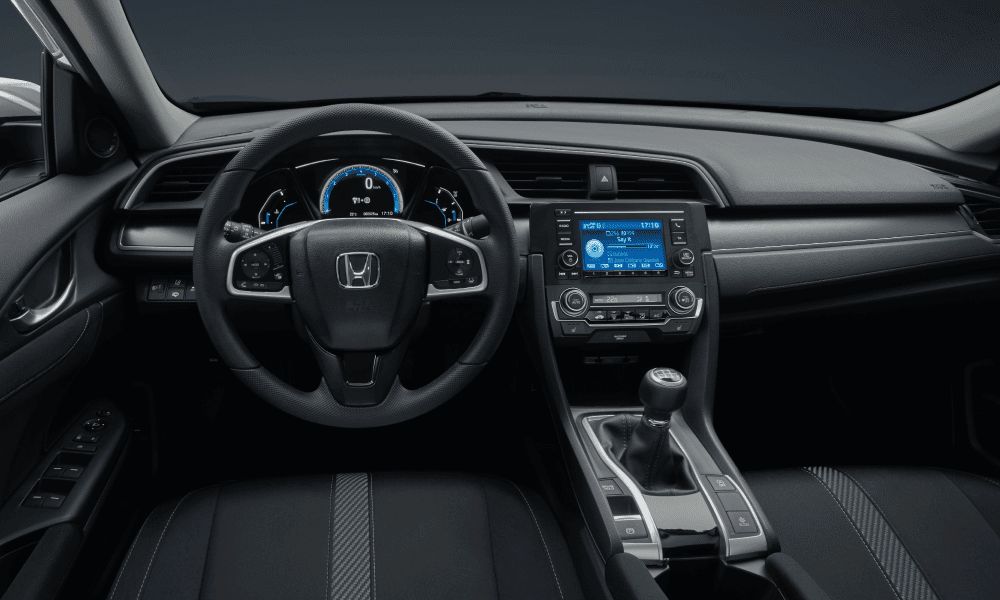 honda-civic-sedan-interieur-6