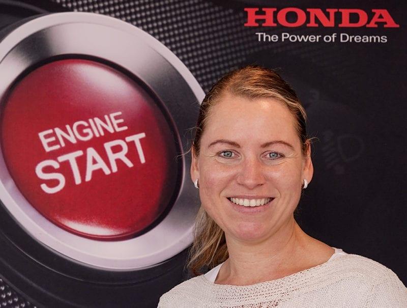 Sabine Damen Receptioniste Honda Welman